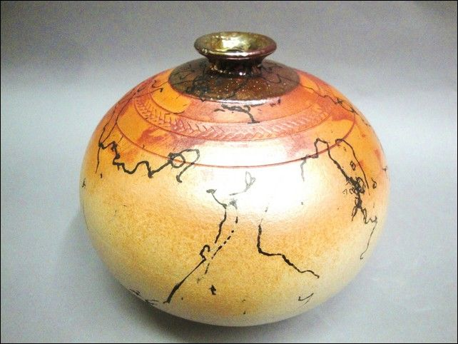 Click to view detail for MP-048 Raku Vessel