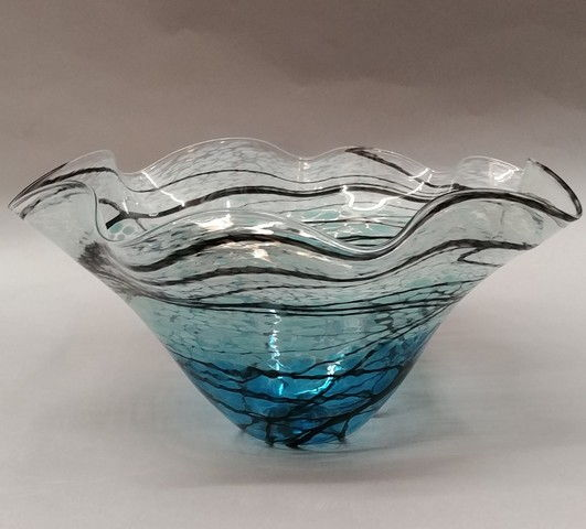 Click to view detail for DB-208 Large Fluted Bowl, Lightning Series