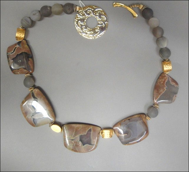 Click to view detail for 6233 Necklace, Thunder Egg Agate Medallions