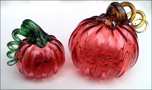 Click to view detail for DB-051-052 Large and Medium Pumpkin, Red