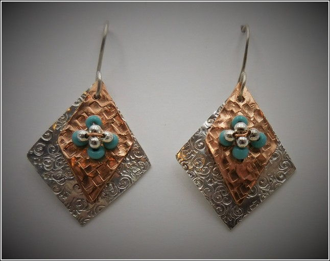 Click to view detail for DKC-741 Earrings Silver-Copper Squares, TQ
