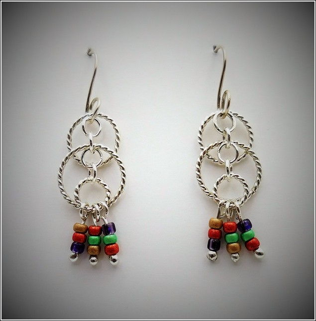 Click to view detail for DKC-748 Earrings Silver Circles Czech Beads