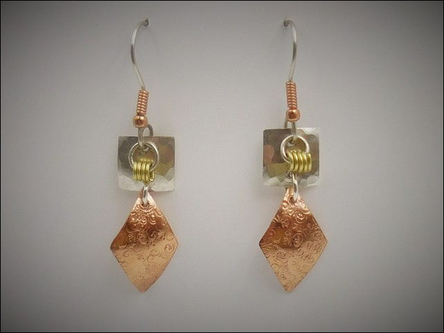 Click to view detail for DKC-761 Earrings, Sterling Silver and Copper