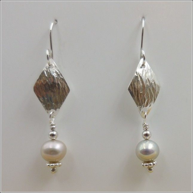 DKC-789 Earrings Sterling Silver & Pearl at Hunter Wolff Gallery