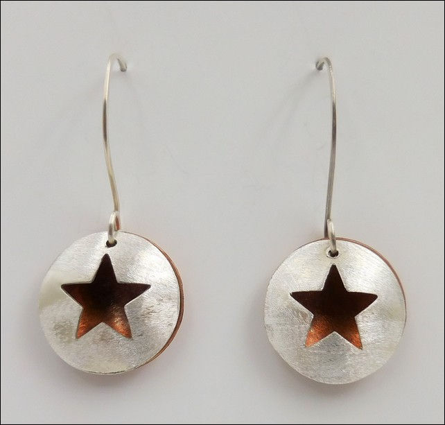 Click to view detail for DKC-808 Earrings Open Star with Copper
