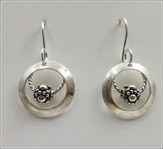 DKC-841 Earrings, Double Circles, Bead at Hunter Wolff Gallery