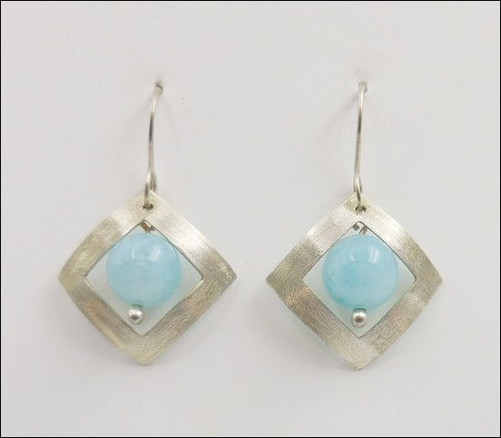 Click to view detail for DKC-868 Earrings Sterling Silver Aquamarine