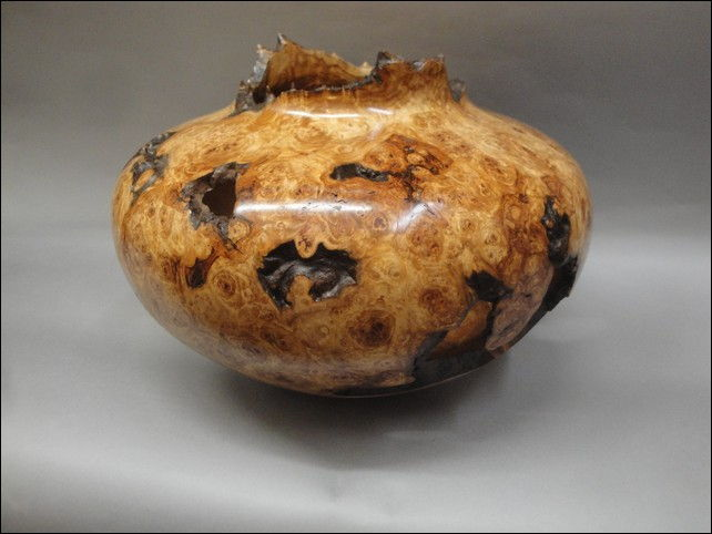 Click to view detail for JW-091 Aspen Burl Vessel