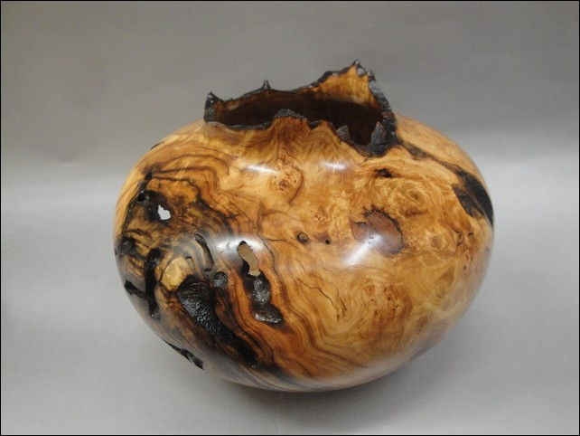 Click to view detail for JW-093 Aspen Burl Vessel
