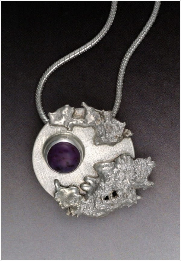 Click to view detail for MB-P303 Pendant Purple Rain