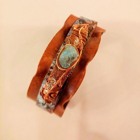 Click to view detail for DM-063 Cuff Bracelet, Aqua Druzy & Crystals