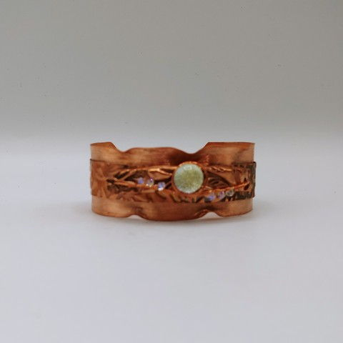 Click to view detail for DM-093 Bangle, Copper, Dichroic Glass & Crystals $100