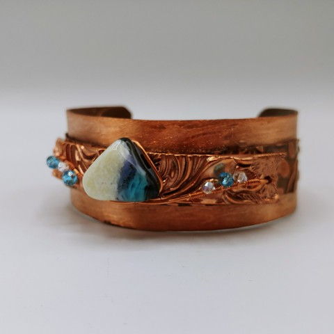 Click to view detail for DM-095 Bangle, Copper, Blue &White Crystal $100