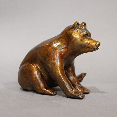 Click to view detail for FL097 Sitting Bear 4x4x3 $400