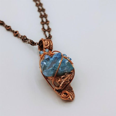 Click to view detail for DM-103 Pendant Blue Aura Crystal with Swarovski Accents $99
