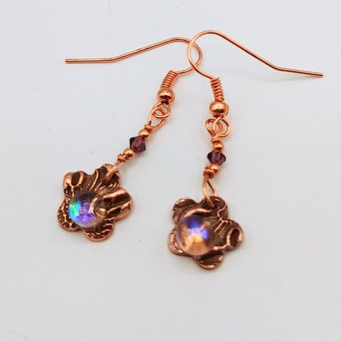 Click to view detail for DM-113 Earrings Copper Flower, Glass Bead $32