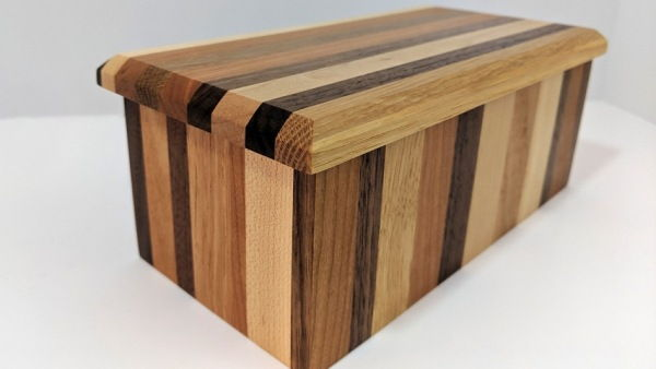 Click to view detail for BEN-25032 Lidded Wood Striped Box