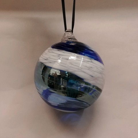 Click to view detail for DB-283  Ornament - frit twist blue ribbon