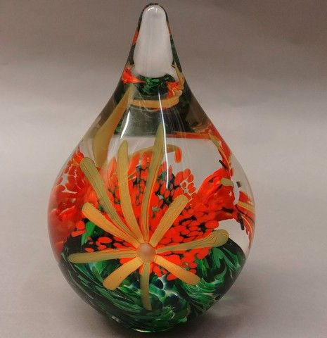 Click to view detail for DB-285 - Paperweight - Flower Teardrop
