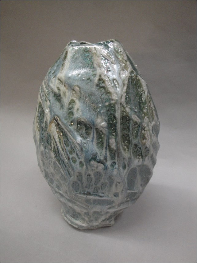 Click to view detail for TH-6771 Cut-Away Vase Salt-Fired
