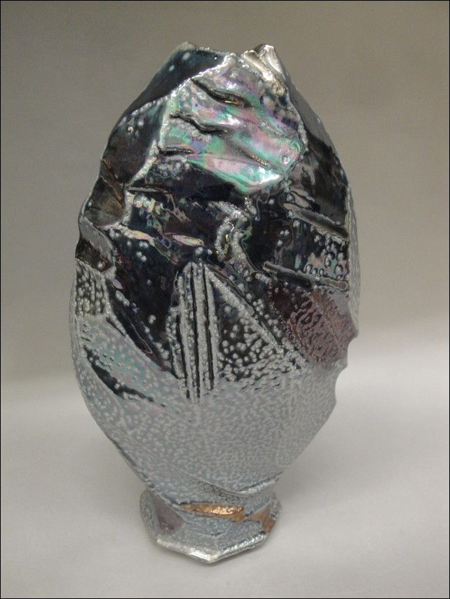 Click to view detail for TH-7005 Cut-Away Vase Silver and Blue Metalic