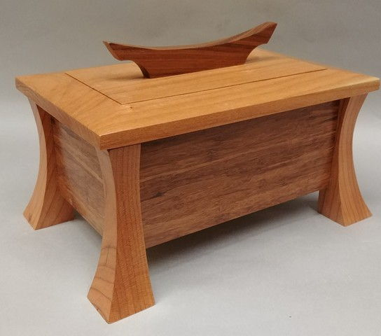 Click to view detail for BEN-7002 Lidded Wooden Box