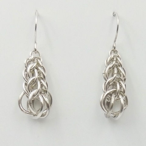 Click to view detail for DKC-1000 Earrings, graduated persian weave