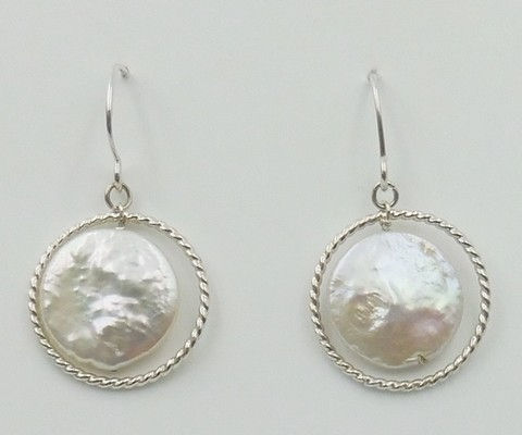 Click to view detail for DKC-1018 Earrings, Silver, Coin Pearls