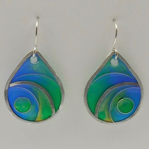 Click to view detail for DKC-1020 Earrings, blue/green swirls, cloisonne