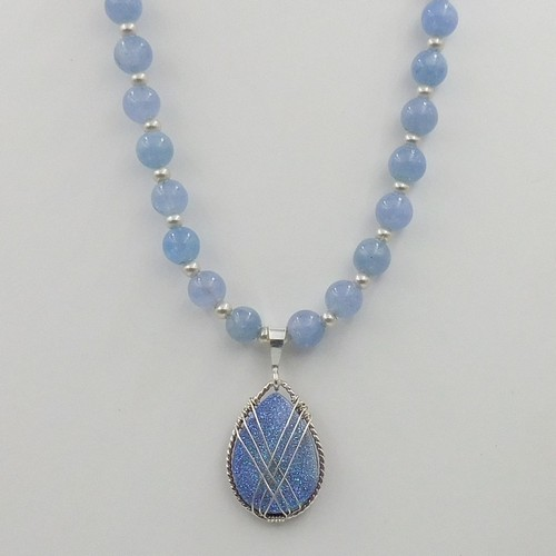 Click to view detail for DKC-1075 Necklace, Blue Druzy $225