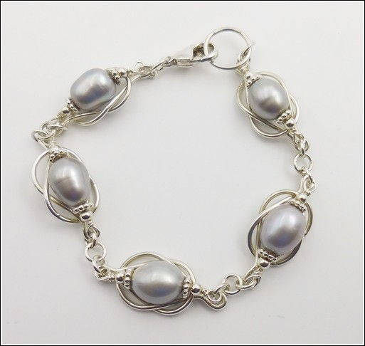 Click to view detail for DKC-848 Bracelet, Infinity with Gray Pearls