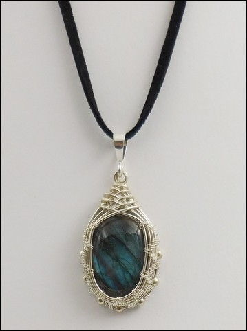 Click to view detail for DKC-850 Necklace, Labradorite, Velvet Cord