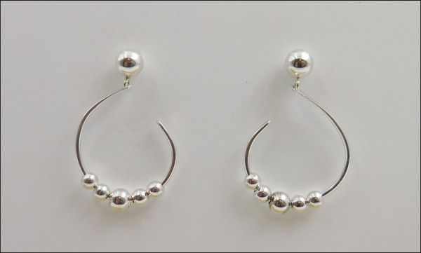Click to view detail for DKC-861 Hoops with beads