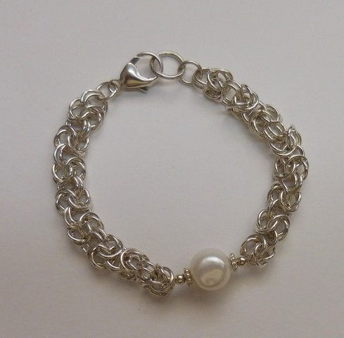 Click to view detail for DKC-882 Bracelet byzantine weave, baroque pearl
