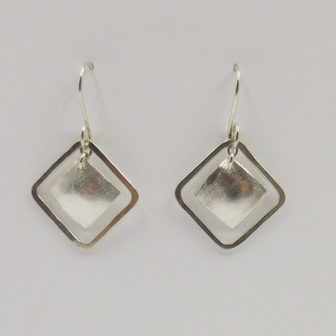 Click to view detail for DKC-889 Earrings, Square in Square