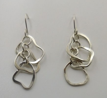 Click to view detail for DKC-919 Earrings Earrings, squiggles