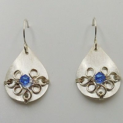 Click to view detail for DKC-927 Earrings Teardrops