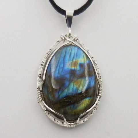 Click to view detail for DKC-939 Pendant Labradorite