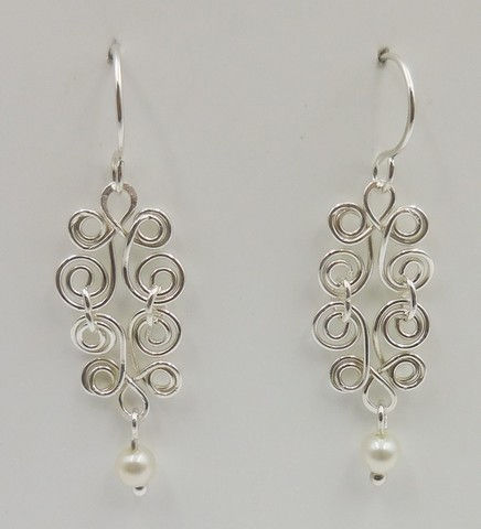 Click to view detail for DKC-944 Earrings, Filigree, Freshwater Pearls
