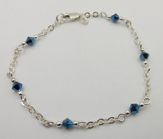 Click to view detail for DKC-949 Bracelet, Argentium SS, blue crystals