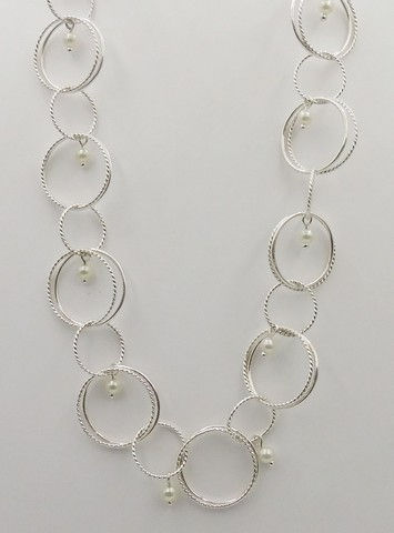 Click to view detail for DKC-951 Necklace, rings, freshwater pearls