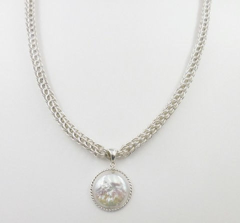 Click to view detail for DKC-1019 Necklace, Silver with Coin Pearl
