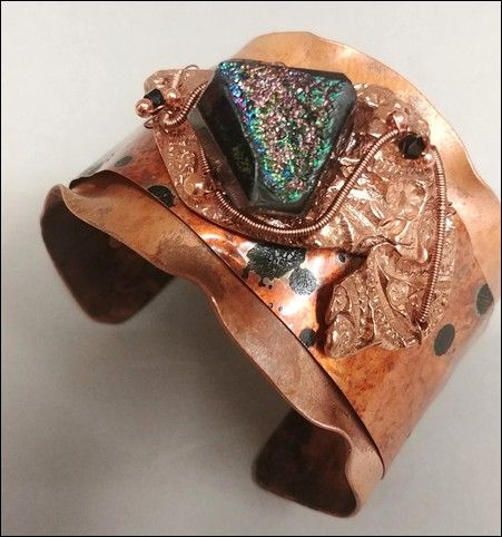 Click to view detail for DM-004 Cuff, Black Druzy, Copper