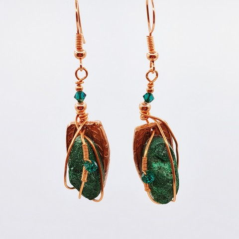 Click to view detail for DM-105 Earrings Forest Green Druzy $42