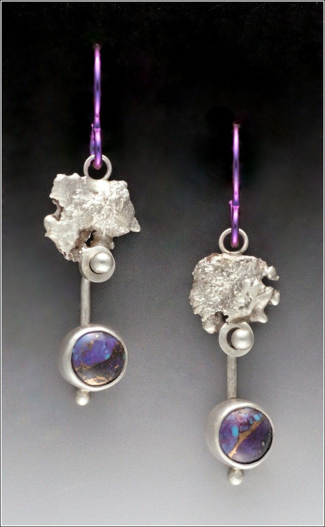 Click to view detail for MB-E343 Earrings Purple Rain
