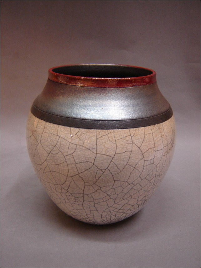 Click to view detail for MP-035 White Crackle Raku Vase