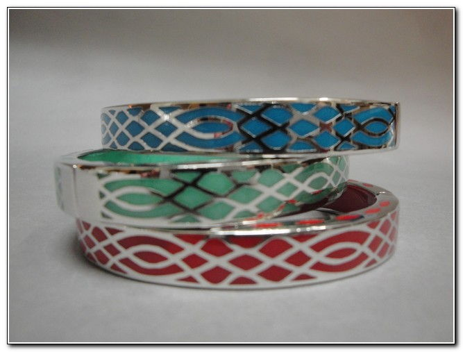 Bangle - S132S Mint, Red, Turquoise at Hunter Wolff Gallery