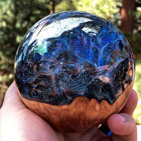 SH060 Sphere, Blue with Red Malle 4 at Hunter Wolff Gallery