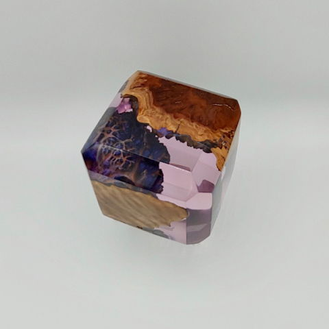 SH087 Amethyst Square / Purple 4.5x4.5 at Hunter Wolff Gallery