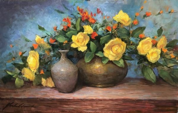 Click to view detail for Yellow Roses in Brass Pot with Clay Vase 12x20
